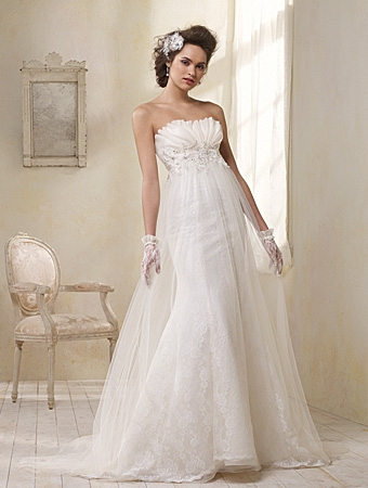 8504 Wedding Dress - Alfred Angelo Modern Vintage Bridal 2014 Bridal Collection