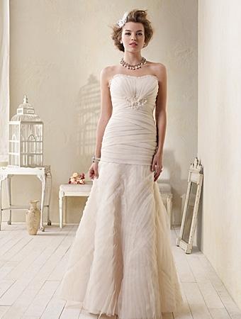 8508 Wedding Dress - Alfred Angelo Modern Vintage Bridal 2014 Bridal Collection