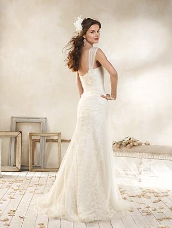 Back of 8512 Wedding Dress - Alfred Angelo Modern Vintage Bridal 2014 Bridal Collection
