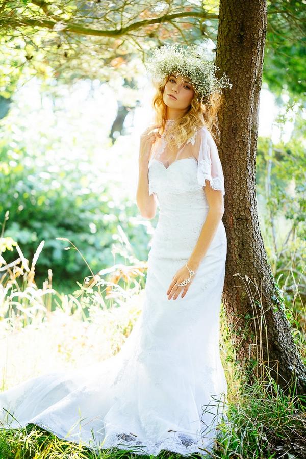 Boho bride in woods