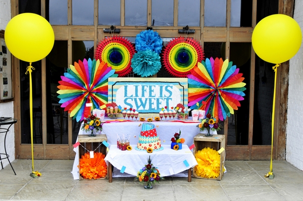 carnival style wedding sweetie table