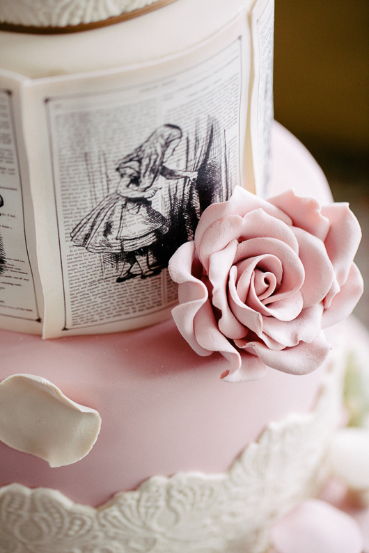 Detail on Alice in Wonderland wedding cake