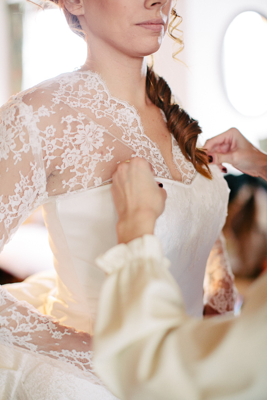 Bride's lace wedding dress
