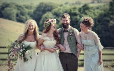 'Floral Brides' Styled Shoot in a Meadow