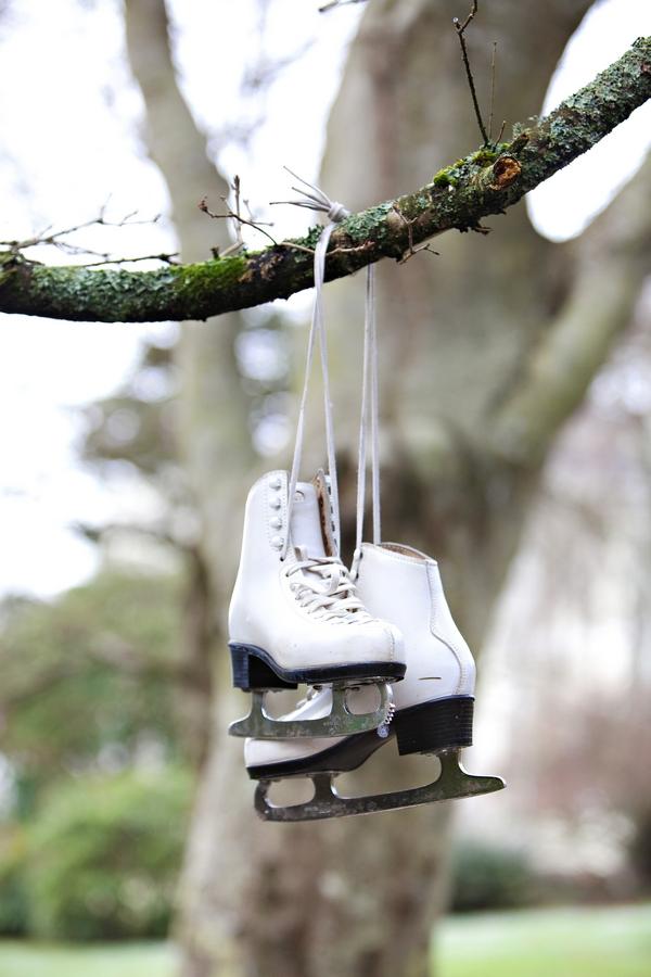 A Deer Park Winter Wedding Shoot | The Wedding Community Blog