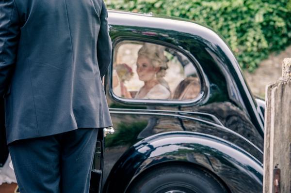 Bridesmaids in car