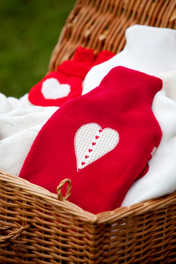 Red and white heart blankets