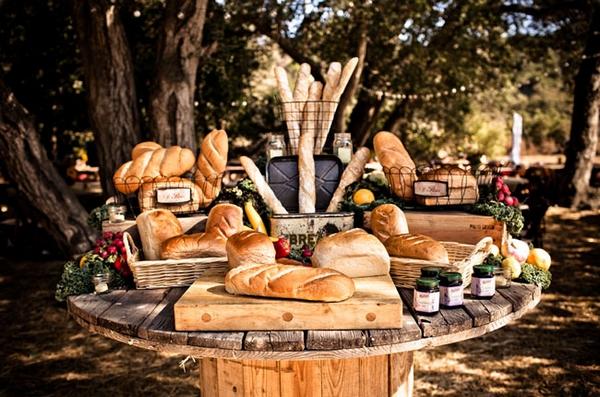 A Vintage Farmers Market Wedding The Wedding Community Blog