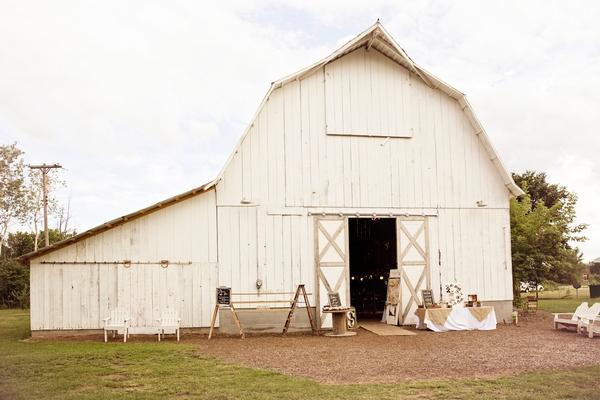 The Milestone Barn, Michigan