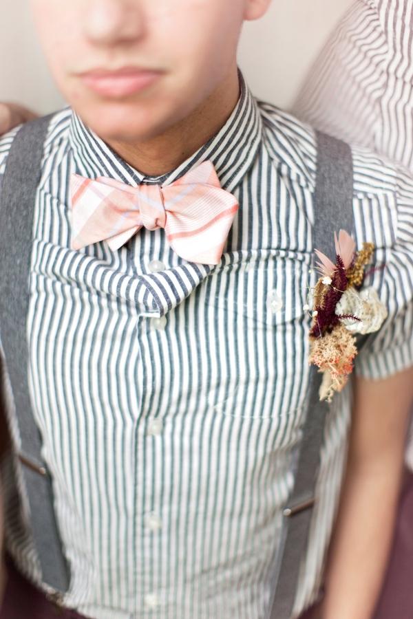 Groomsman's bow tie
