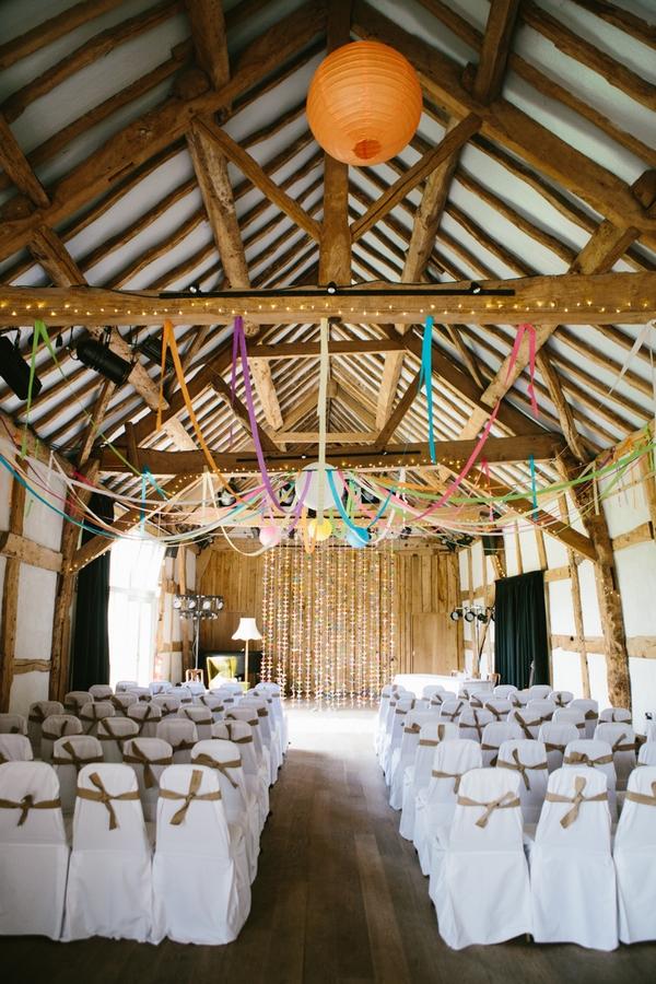 Hellens Manor barn wedding ceremony