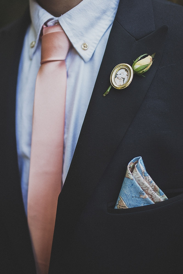 Photo buttonhole