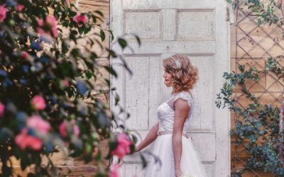 A Simply Styled 1950s Bridal Shoot