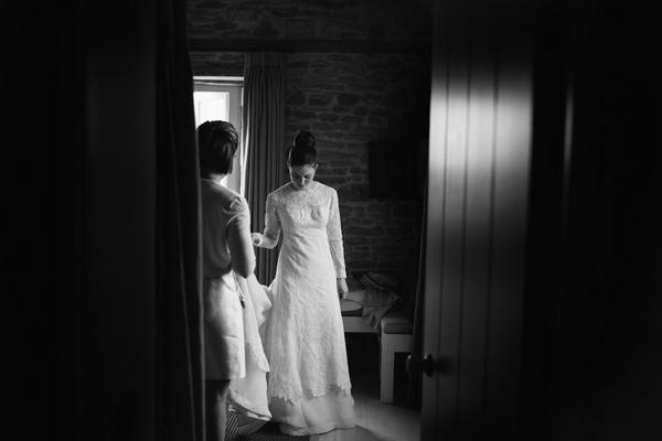 Bride wearing mother's wedding dress