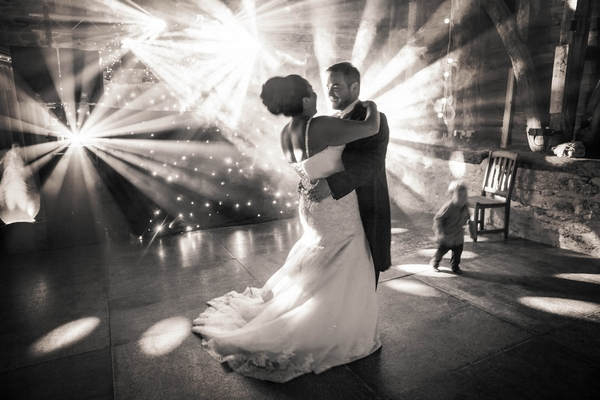Bride and groom first dance - Picture by Linus Moran Photography