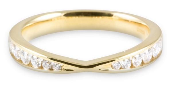 18ct Yellow Gold 0.33ct Round Brilliant Diamond Wedding Ring