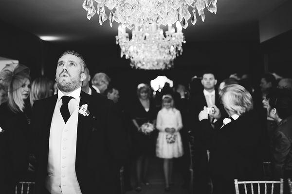 Nervous groom - Picture by Martin Makowski Photography