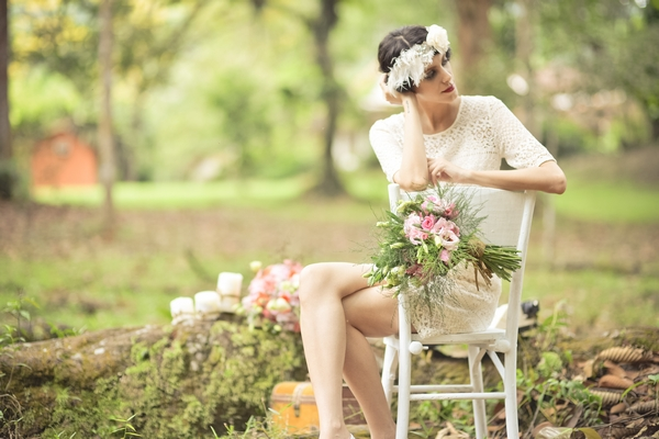 Rustic Vintage Woodland Bridal Shoot