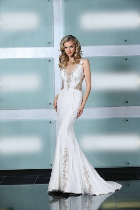 90226 Wedding Dress - Simone Carvalli Spring/Summer 2015 Bridal Collection