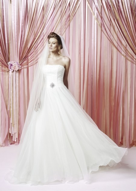 Gracie Wedding Dress - Charlotte Balbier Iscoyd Park 2015 Bridal Collection