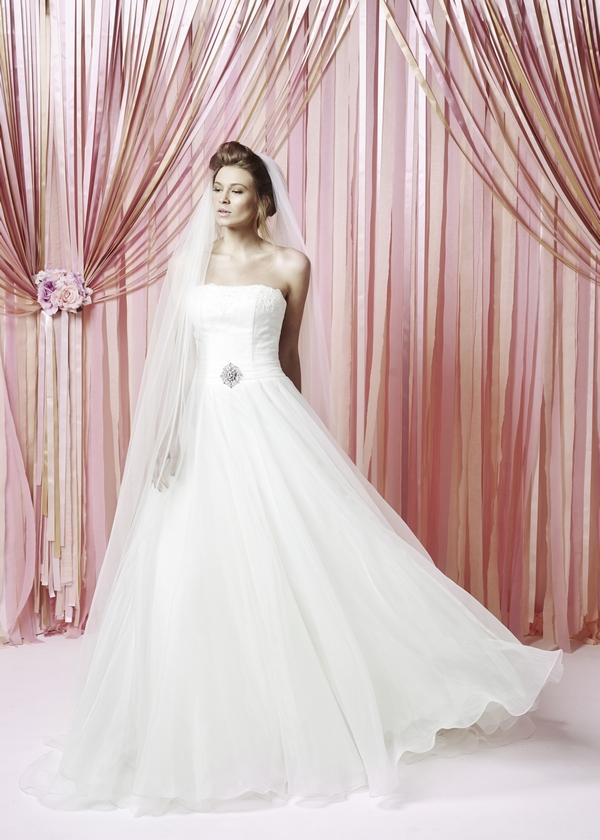 Gracie Wedding Dress - Charlotte Balbier Iscoyd Park 2015 Bridal Collection