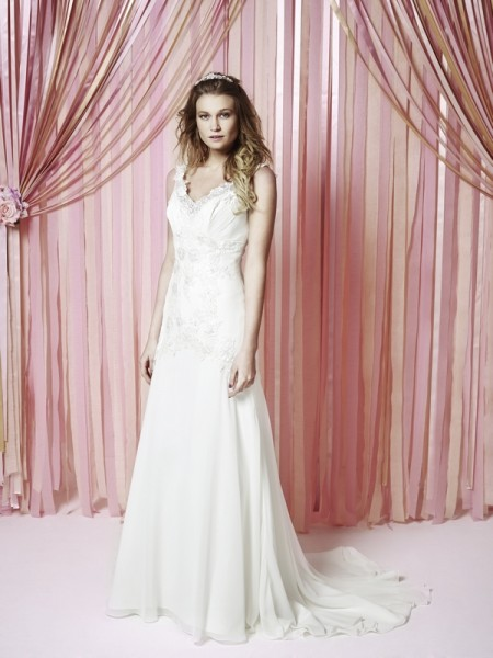Imogen Wedding Dress - Charlotte Balbier Iscoyd Park 2015 Bridal Collection