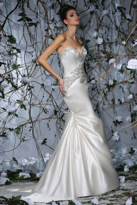 VH181 Wedding Dress - Victor Harper Spring 2015 Bridal Collection
