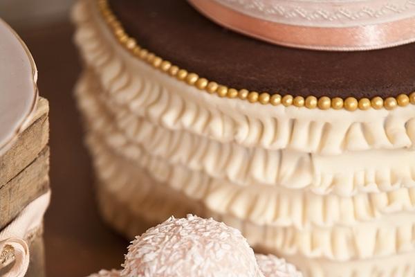 Ruffles on wedding cake