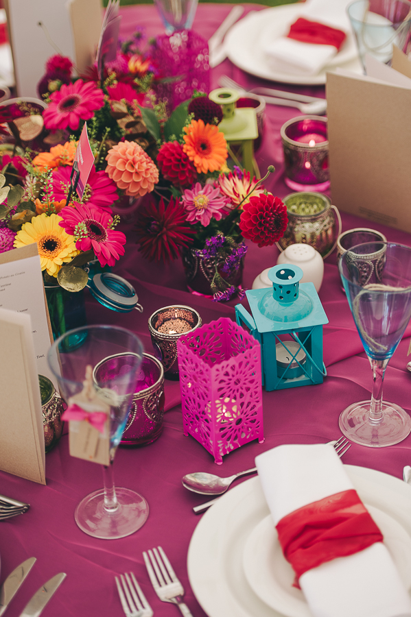 Bright wedding table accessories