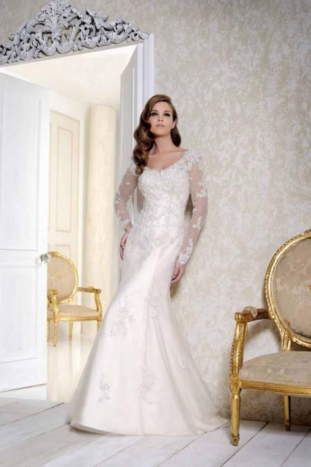 2505 Wedding Dress - Benjamin Roberts 2015 Bridal Collection