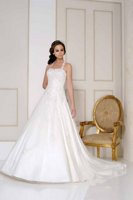 2508 Wedding Dress - Benjamin Roberts 2015 Bridal Collection