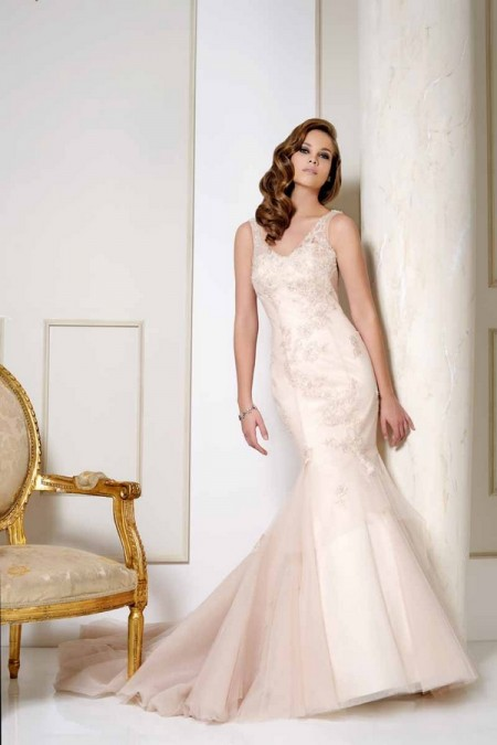 2512 Wedding Dress - Benjamin Roberts 2015 Bridal Collection