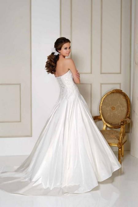 Back of 2515 Wedding Dress - Benjamin Roberts 2015 Bridal Collection