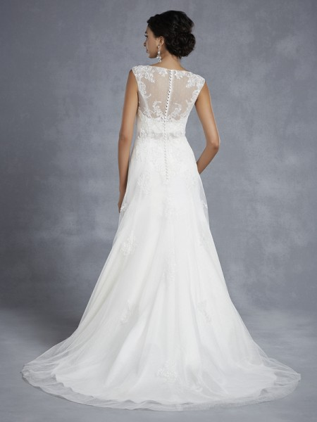 Back of BT15-10 Wedding Dress - Beautiful by Enzoani 2015 Bridal Collection