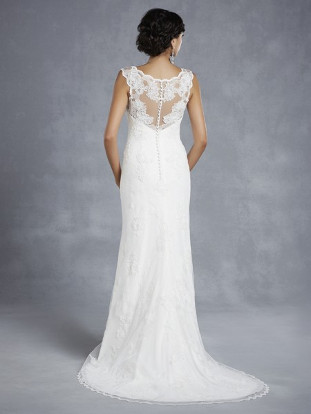 Back of BT15-19 Wedding Dress - Beautiful by Enzoani 2015 Bridal Collection