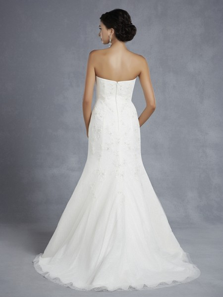 Back of BT15-32 Wedding Dress - Beautiful by Enzoani 2015 Bridal Collection