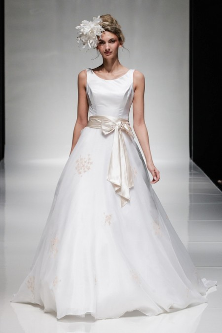 Fleur Wedding Dress - Alan Hannah Floral Symphony 2015 Bridal Collection