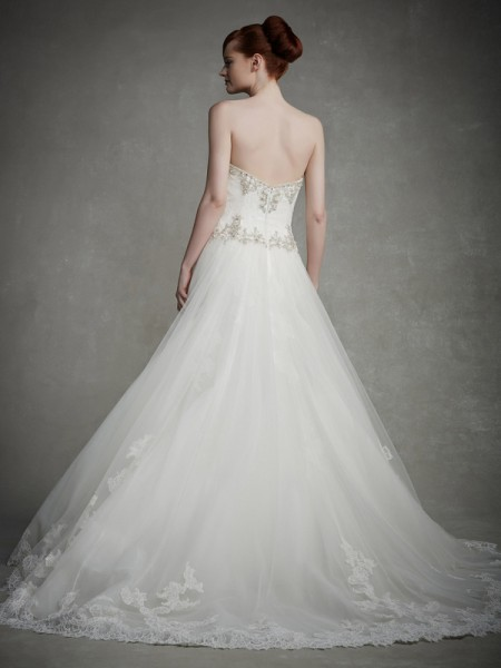 Back of Jeanette Wedding Dress - Enzoani 2015 Bridal Collection
