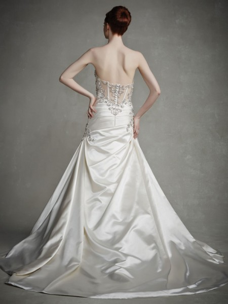Back of Jill Wedding Dress - Enzoani 2015 Bridal Collection