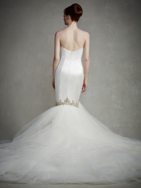 Back of Justice Wedding Dress - Enzoani 2015 Bridal Collection