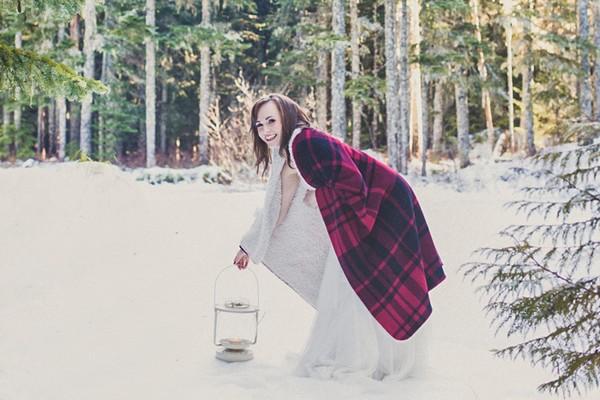 A Narnia-esque Winter Evergreen Wedding Shoot