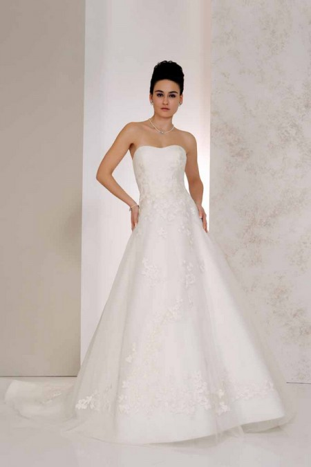 Valencia Wedding Dress - Karen George for Benjamin Roberts 2015 Bridal Collection