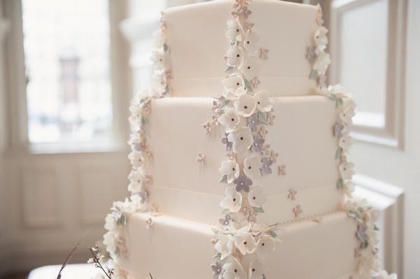 Ivory wedding cake with sugar flowers
