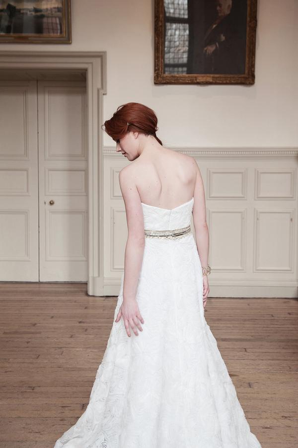 Back of bride's Kobus Dippenaar AG-12-022 dress