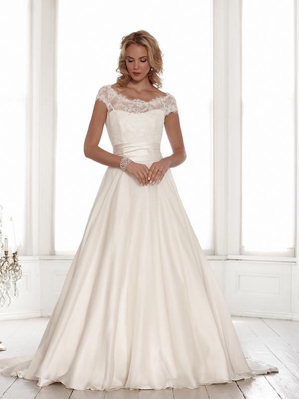 Alexandra Wedding Dress - Sassi Holford Signature 2015 Bridal Collection