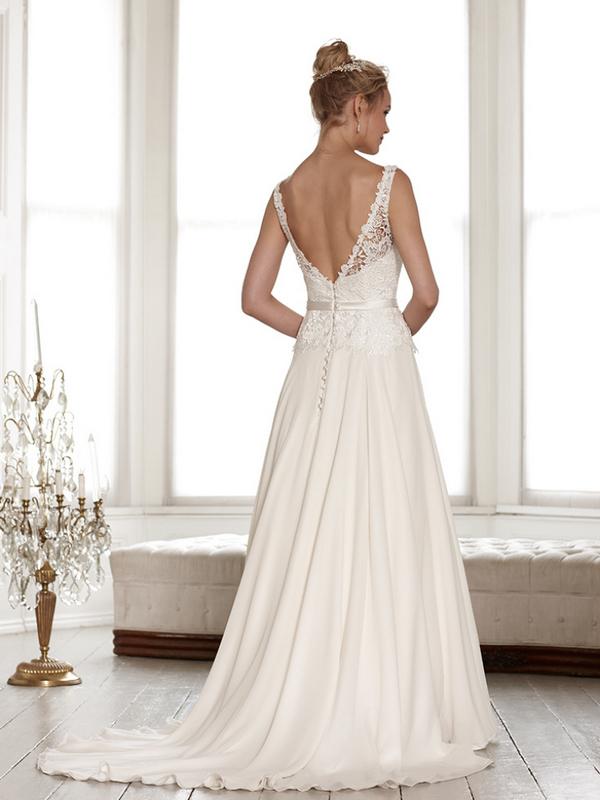 Back of Isla Wedding Dress - Sassi Holford Signature 2015 Bridal Collection
