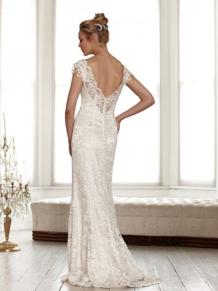 Back of Lindsay Wedding Dress - Sassi Holford Signature 2015 Bridal Collection