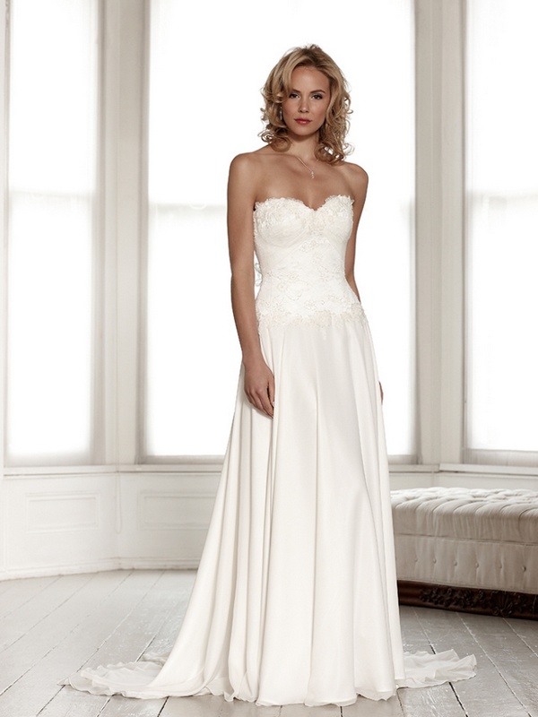 Portia Wedding Dress - Sassi Holford Signature 2015 Bridal Collection