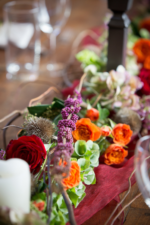 Autumnal flowers on wedding table