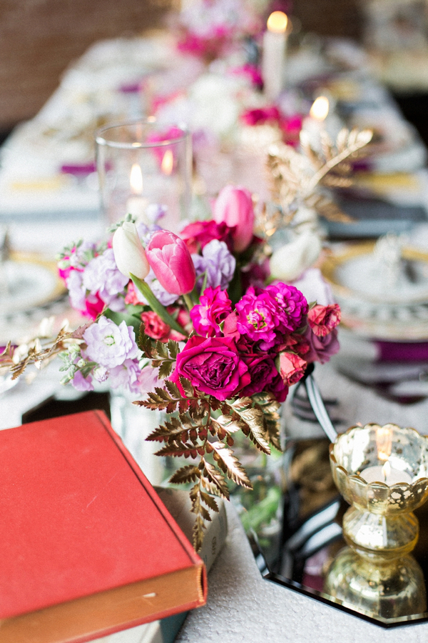 Pink flowers on wedding table
